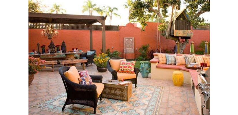 Diseño de patio para los amantes de viajar