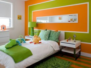 dormitorio color naranja y verde