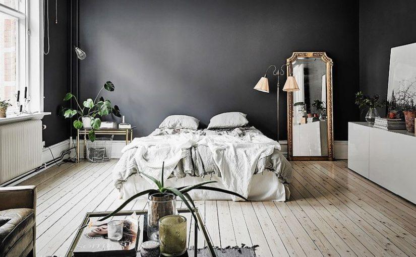 Pinta tus paredes con tonos oscuros