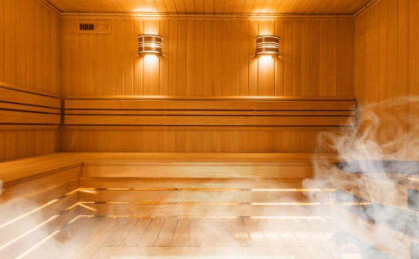 cuarto para sauna de madera